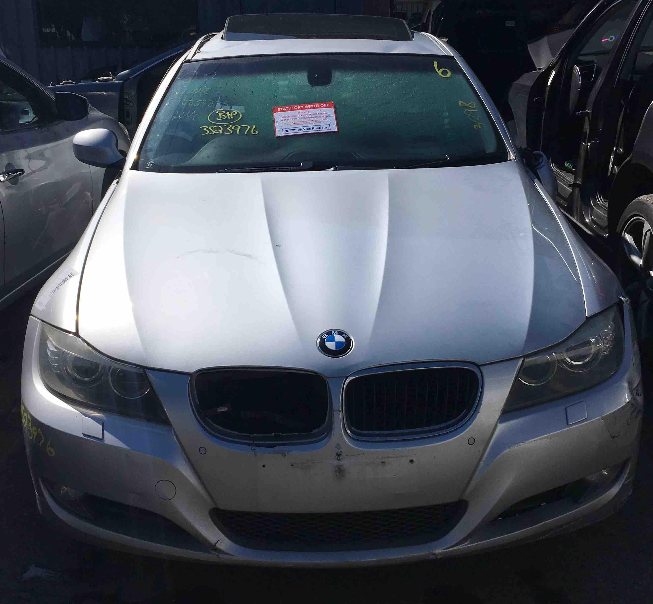 BMW E90 320I 2009