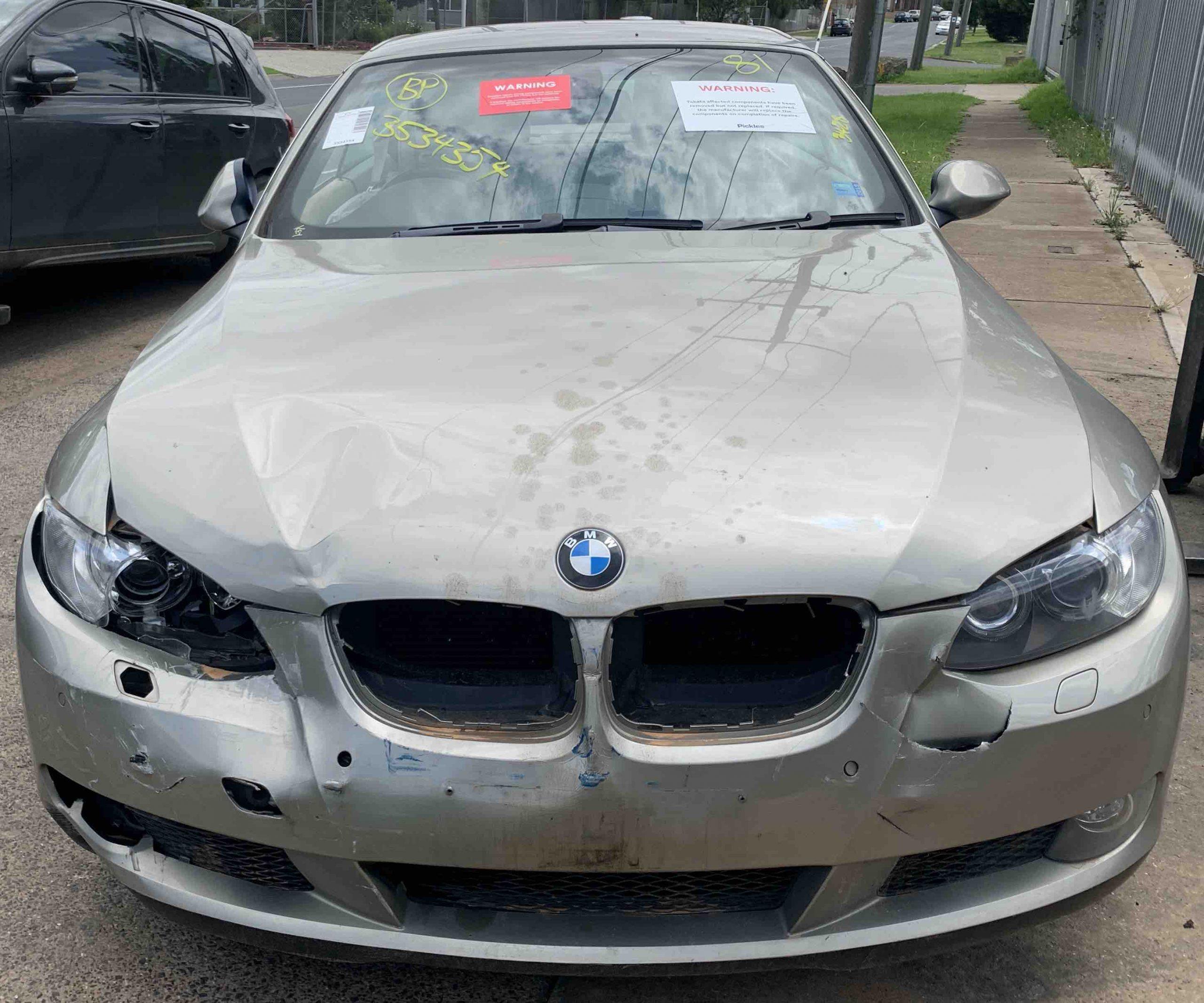 WRECKING BMW E93 325I 2007