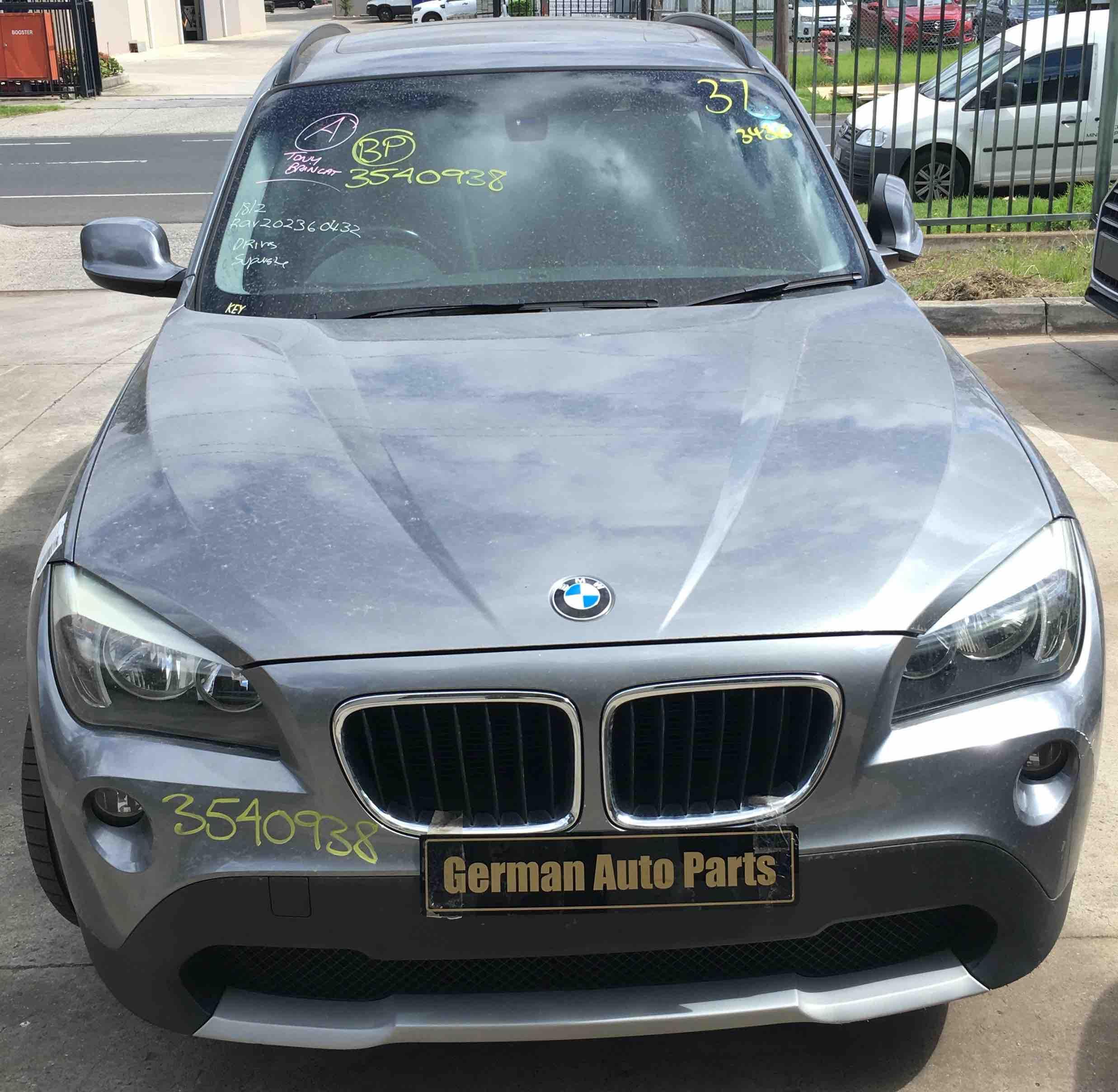 WRECKING BMW X1 E84 2010