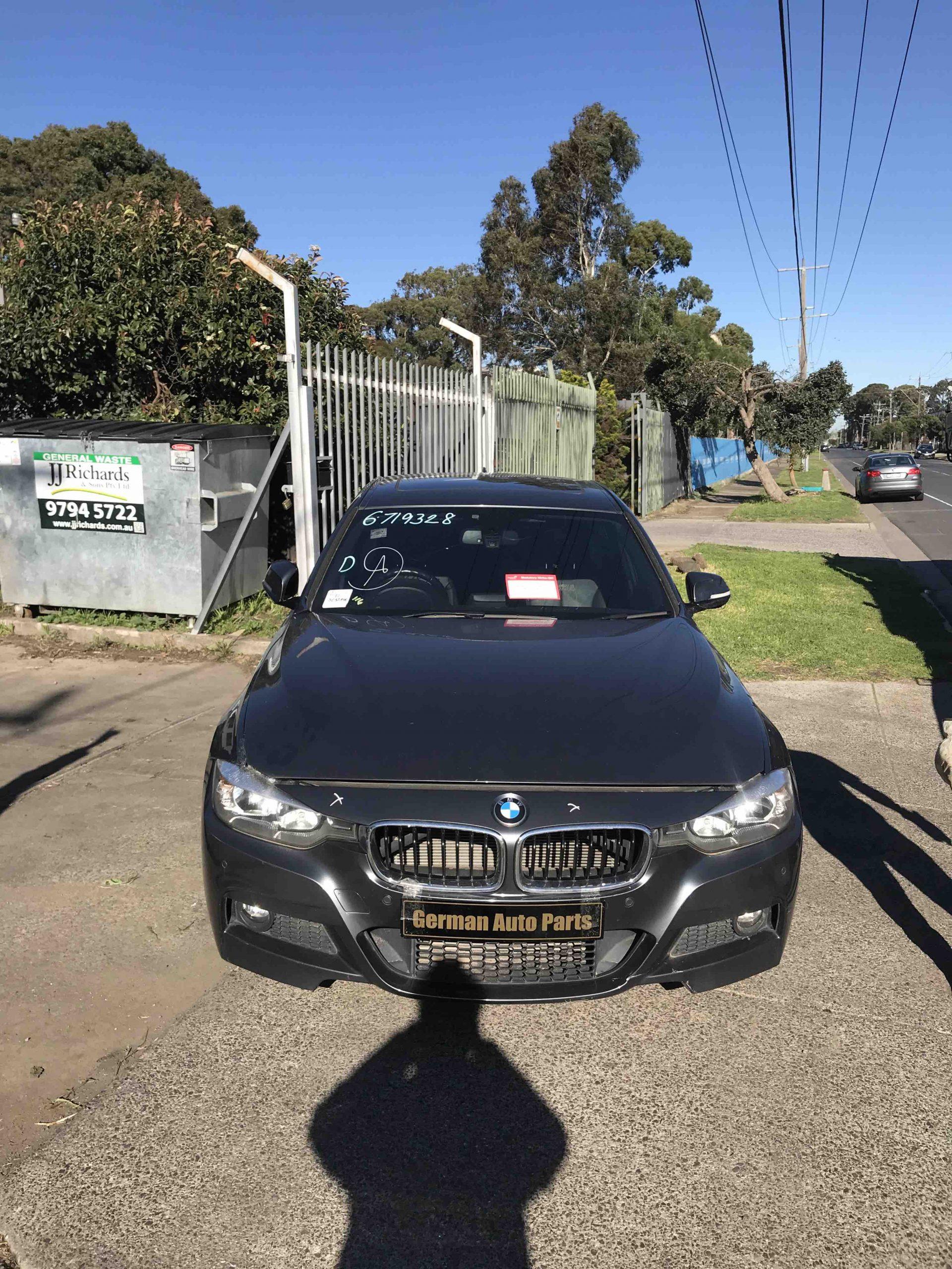 WRECKING BMW F30 320I 2013